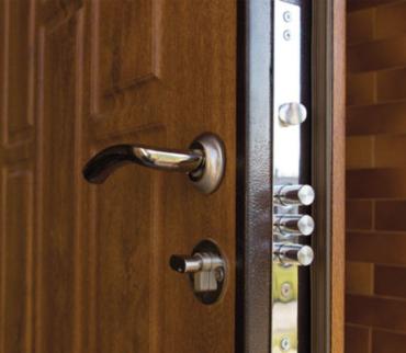 reforzar puerta de trastero